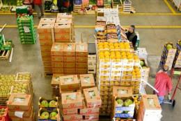 """Le volume des exportations """"non-traditionnelles"""", notamment les fruits et légumes secs, bananes et ananas, et noix de karité, a sensiblement évolué dans la balance des échanges commerciaux ghanéens, en générant annuellement quelque 2 milliards de dollars de recettes. © DR."""