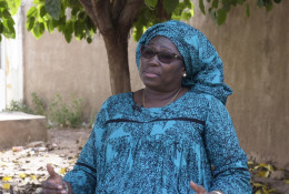 Khadija Doucouré, coordinatrice régionale du FIDA, à Nganda, le 6 décembre 2017 © AFP