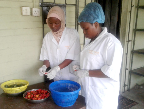 Within the Easycook facilities, high food standards are enforced © Oluyinka Alawode