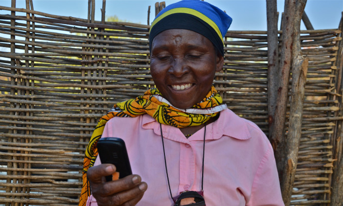 Extension services via SMS provide farmers with fast, location- and farmer-specific information across a range of agricultural activities © Cecilia Schubert
