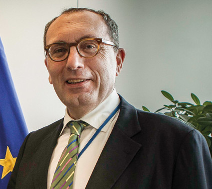 Stefano Manservisi states that the EU will increasingly use financial tools such as blending,  to encourage private actors to complement EU funding for agriculture © AMISOM photo
