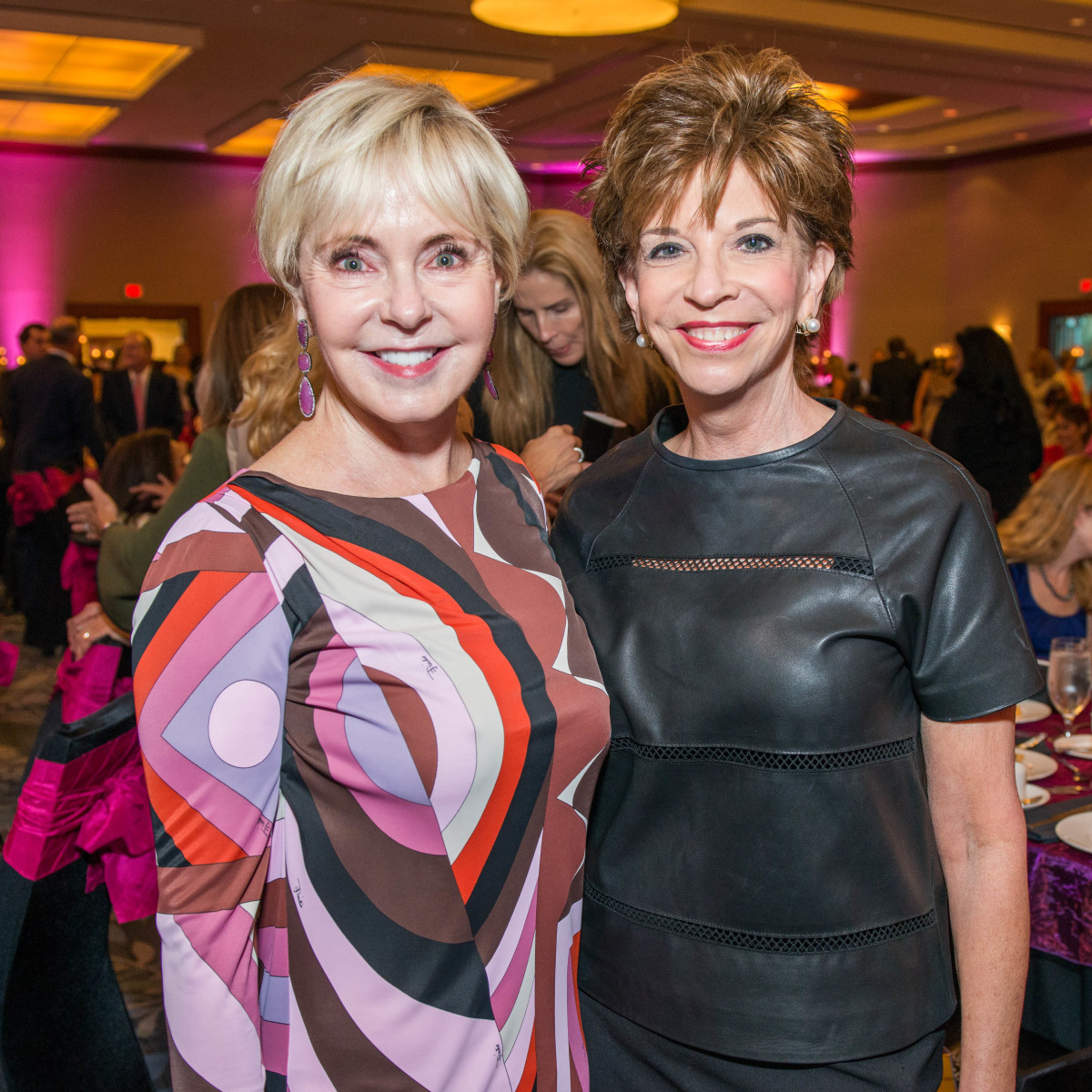 14 Karen Mayell, left, and Vicki Rizzo at the Memorial Hermann Razzle Dazzle luncheon October 2014