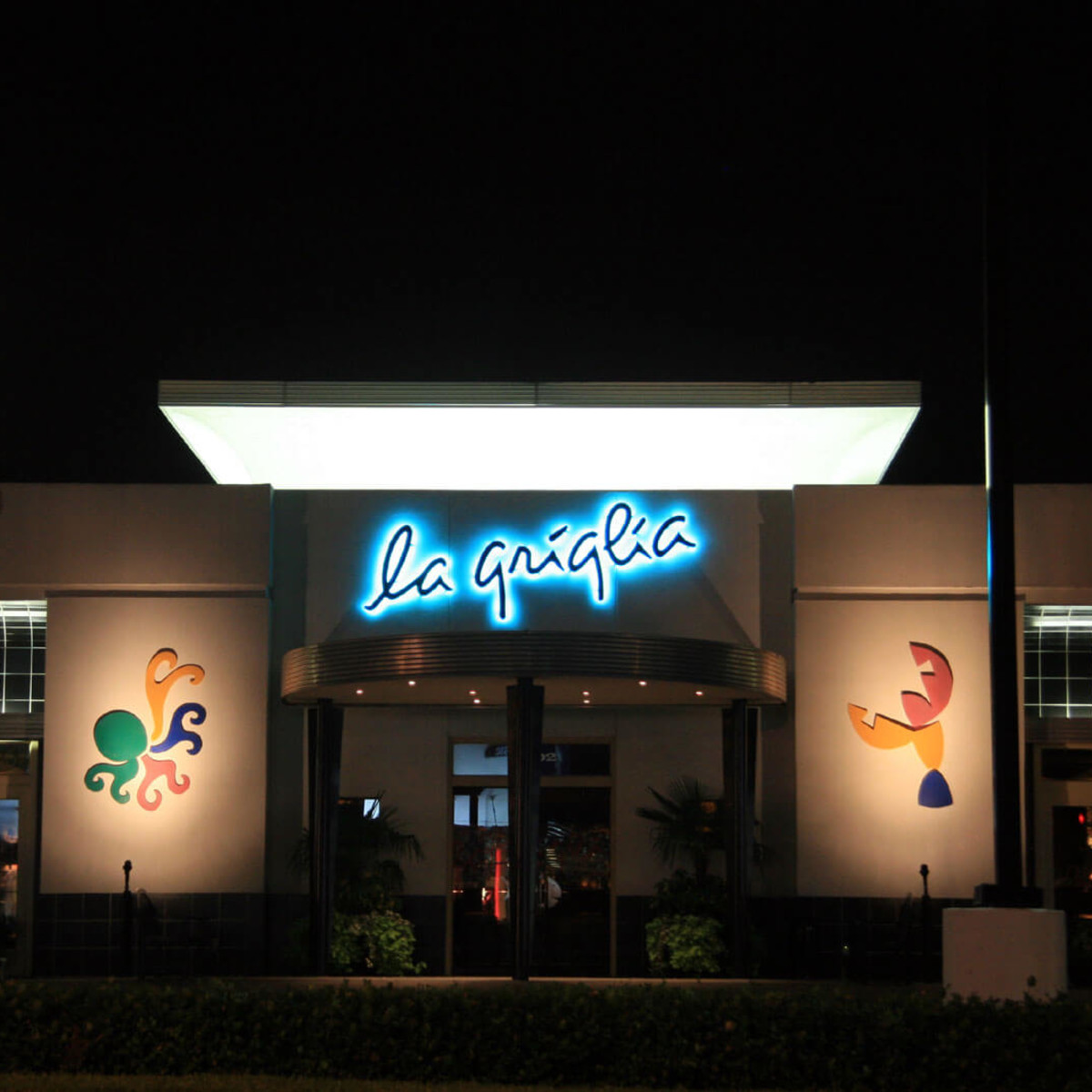 Places-Eat-La Griglia-exterior-night-1