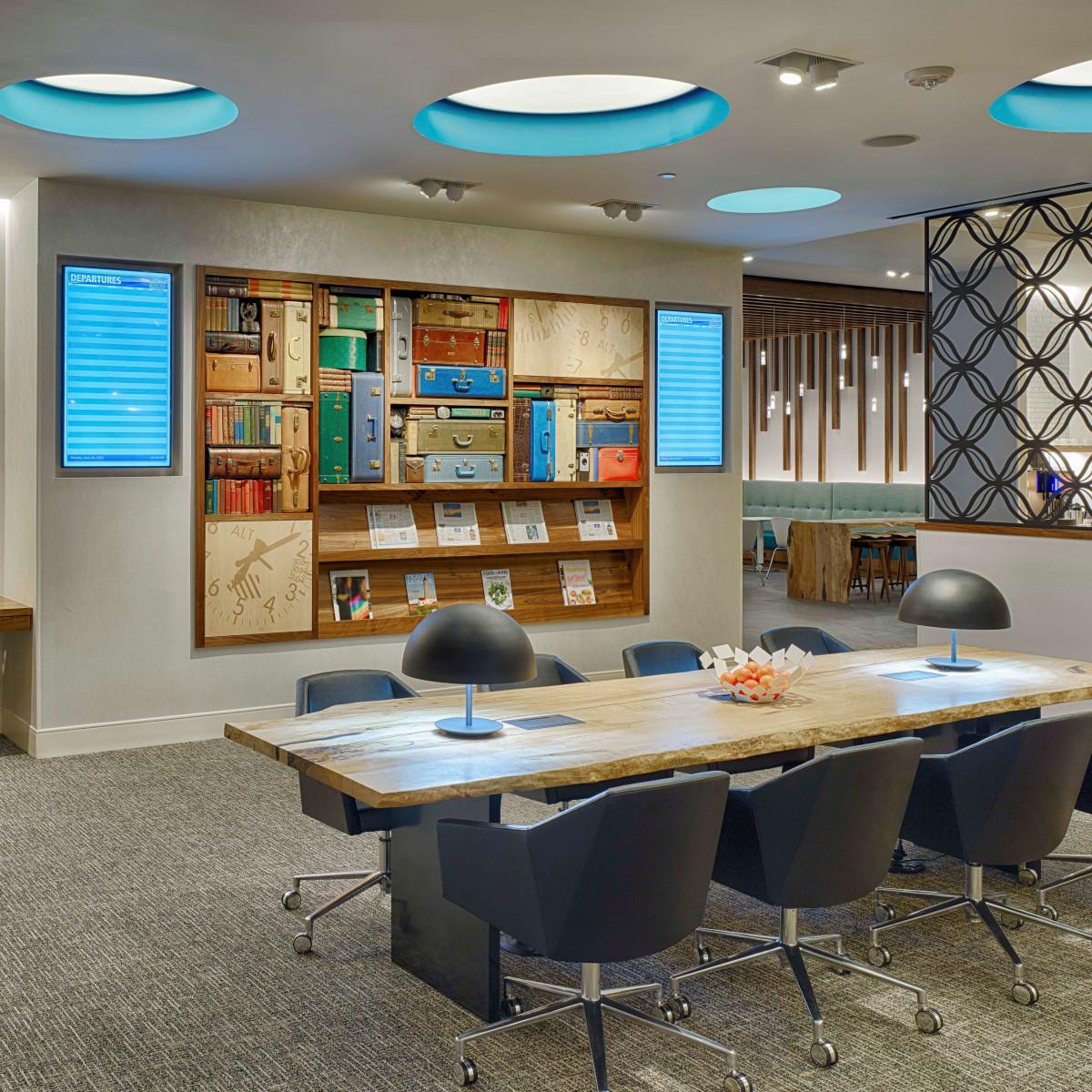 Centurion Lounge at IAH, 6/16 work area