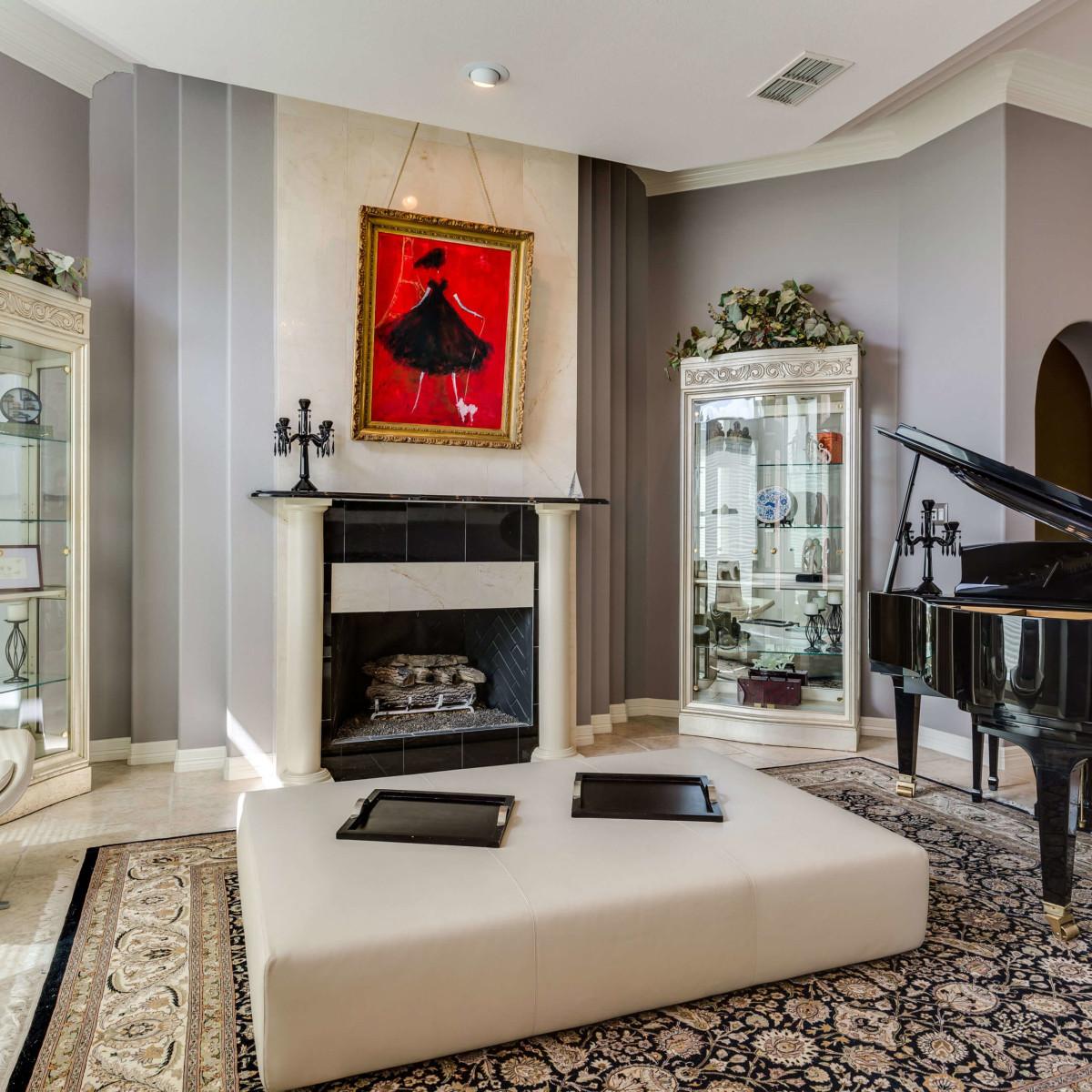 19122 Nature Oaks San Antonio house for sale living room