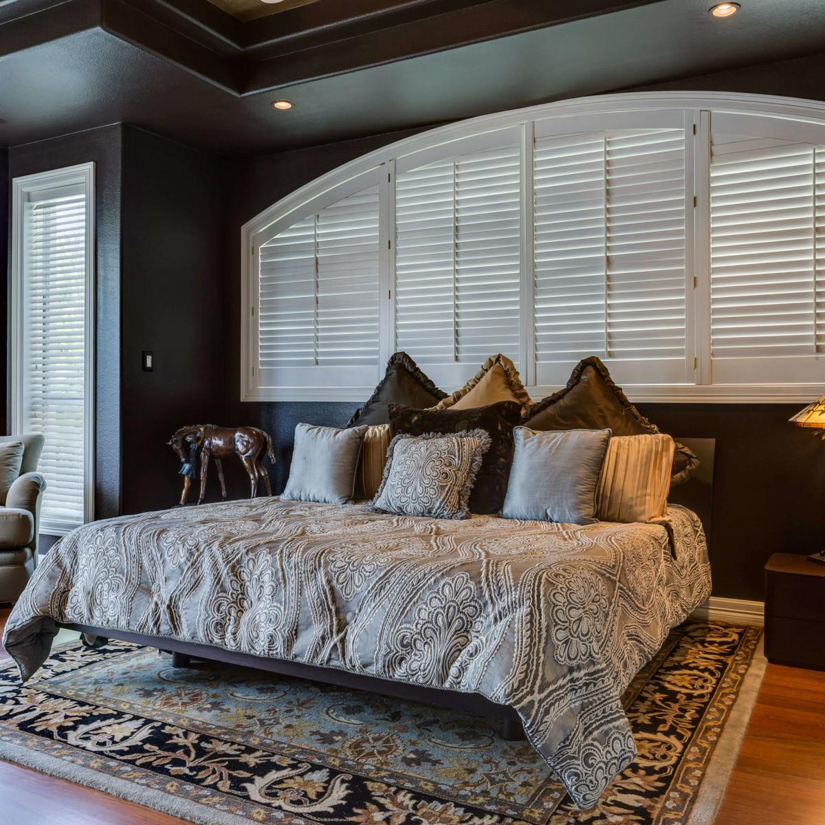 19122 Nature Oaks San Antonio house for sale master bedroom