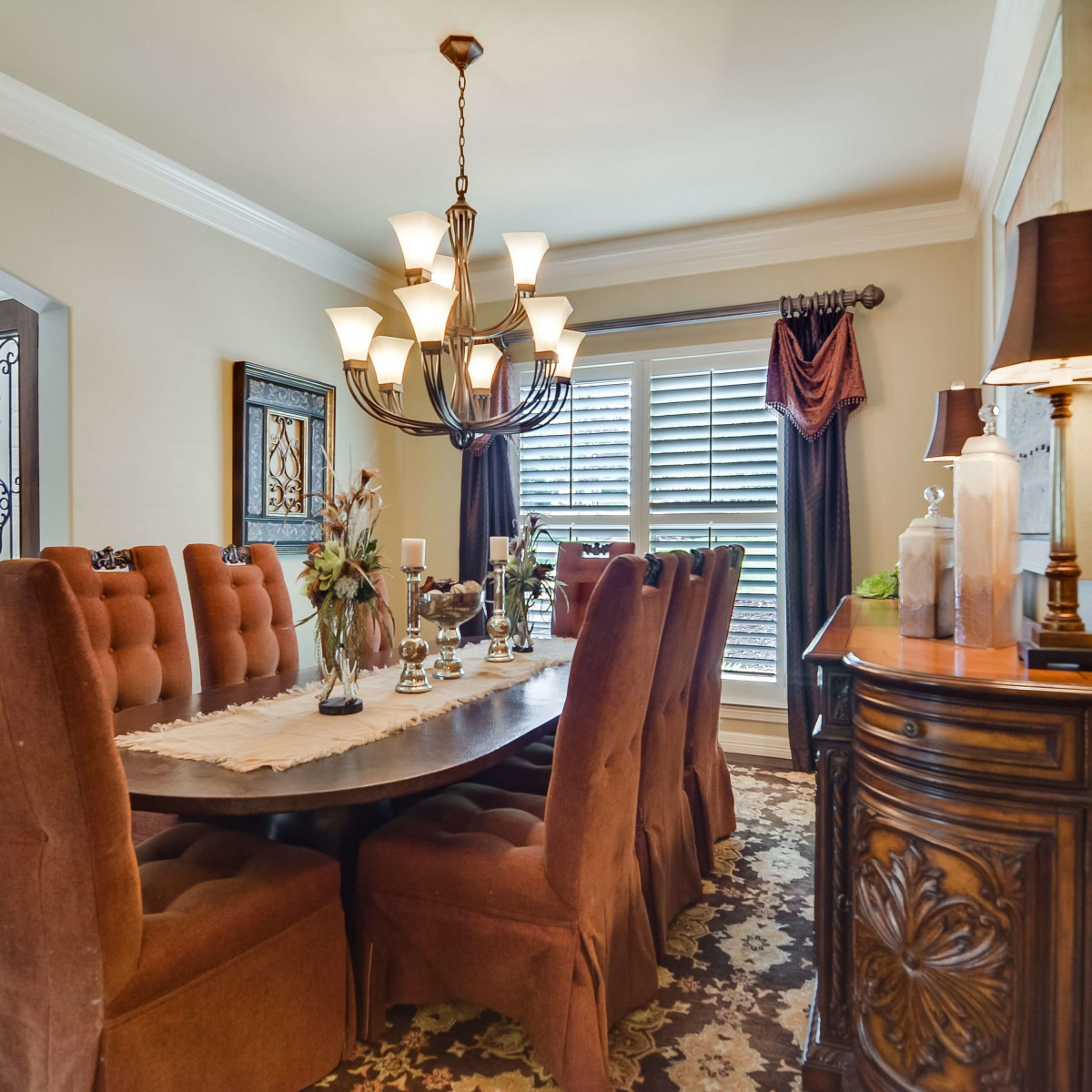 8050 Colonial Woods Boerne house for sale dining room
