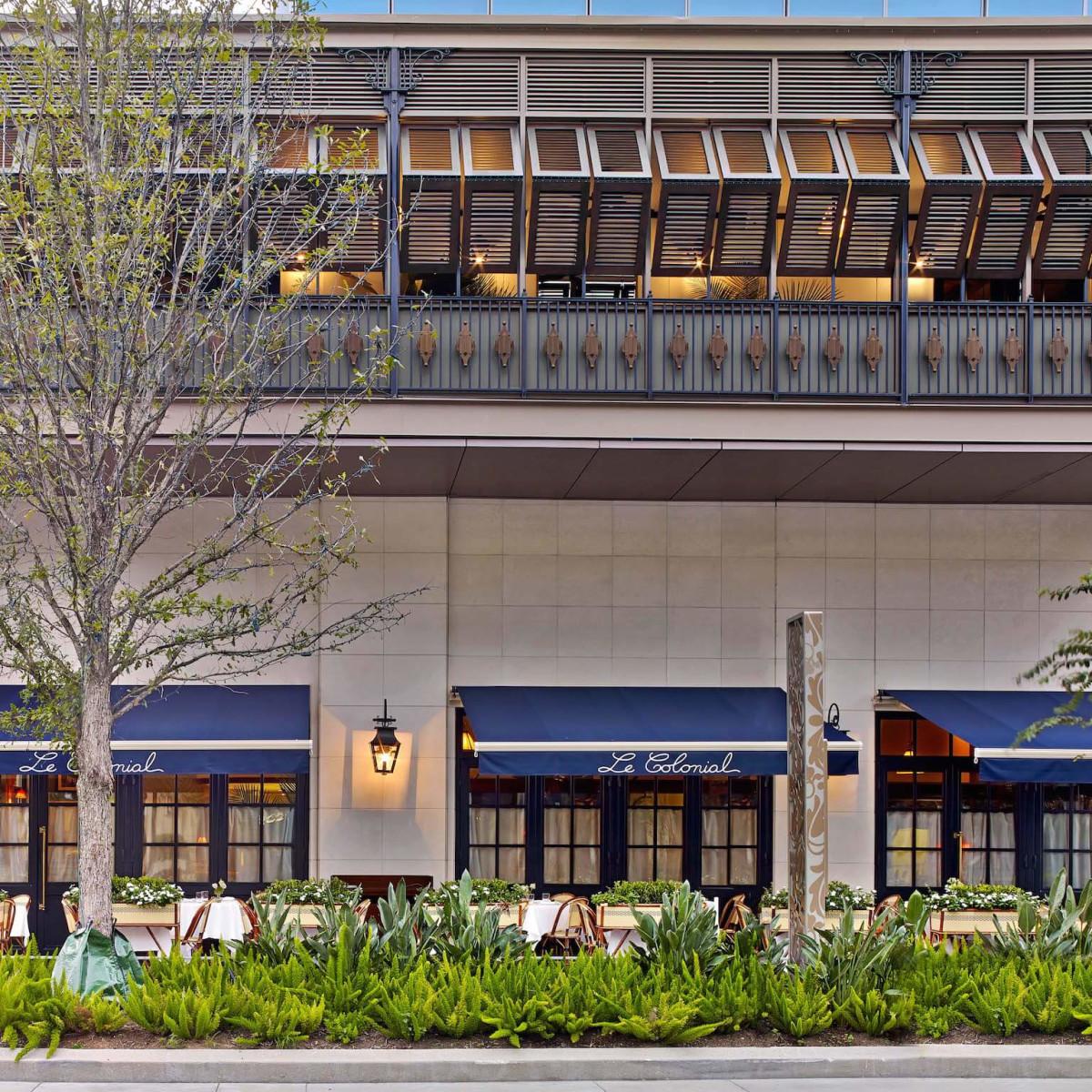 Le Colonial Houston exterior patio