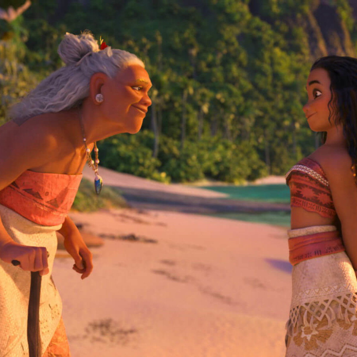 Gramma Tala (Rachel House) and Moana (Auli'i Cavalho) in Moana