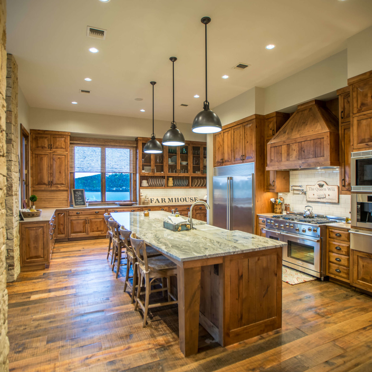 1920 Valentino Cove Lake Travis Spicewood house for sale kitchen