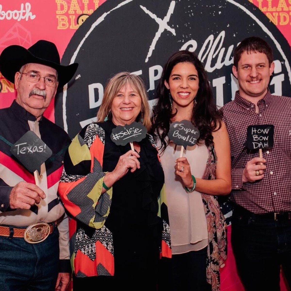 Big Texas Party Smile Booth