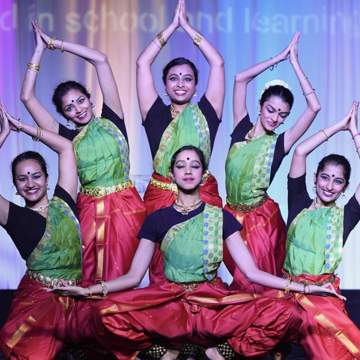 Pratham Gala dancers