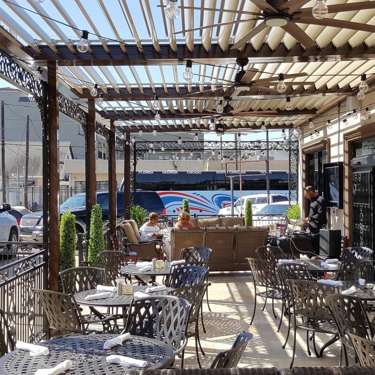 Phil and Derek's Restaurant and Jazz Bar patio