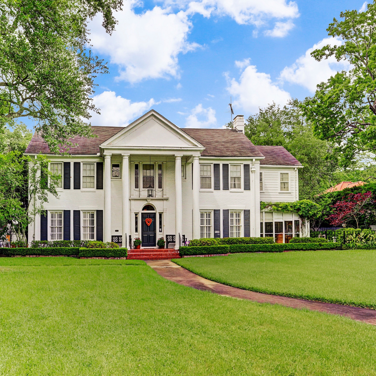 Denton Cooley River Oaks home for sale