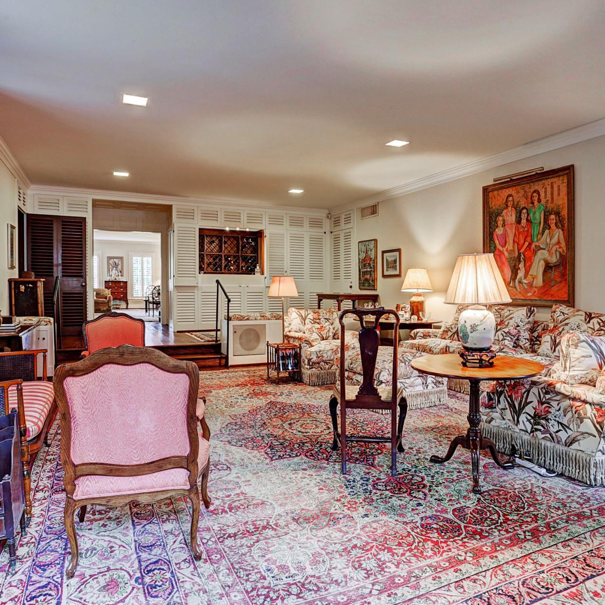 Denton Cooley River Oaks home for sale living room