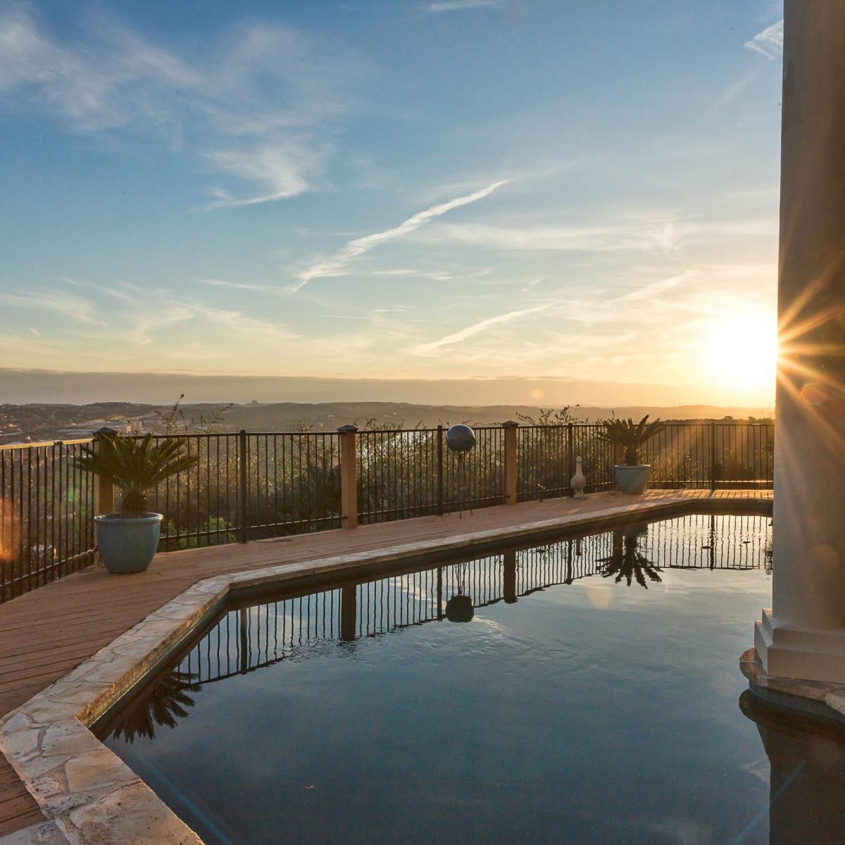 6603 Courtyard Austin house for sale pool