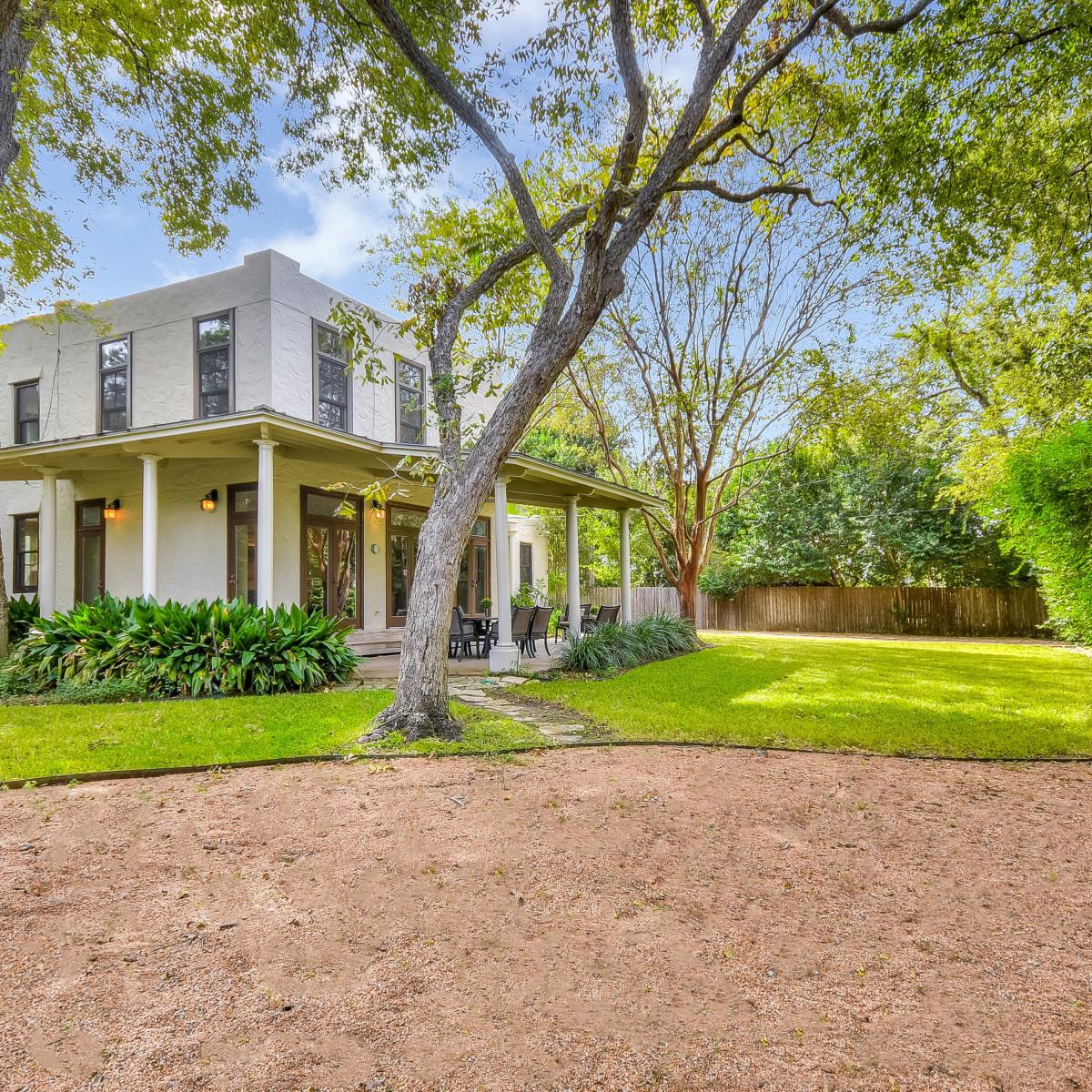 141 Cloverleaf San Antonio house for sale