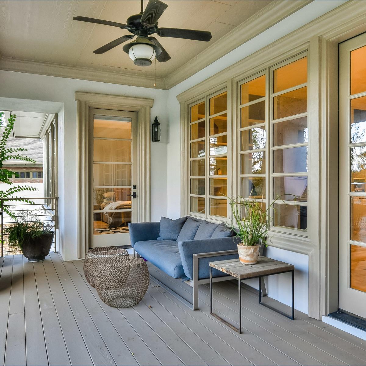 723 Elizabeth San Antonio house for sale porch