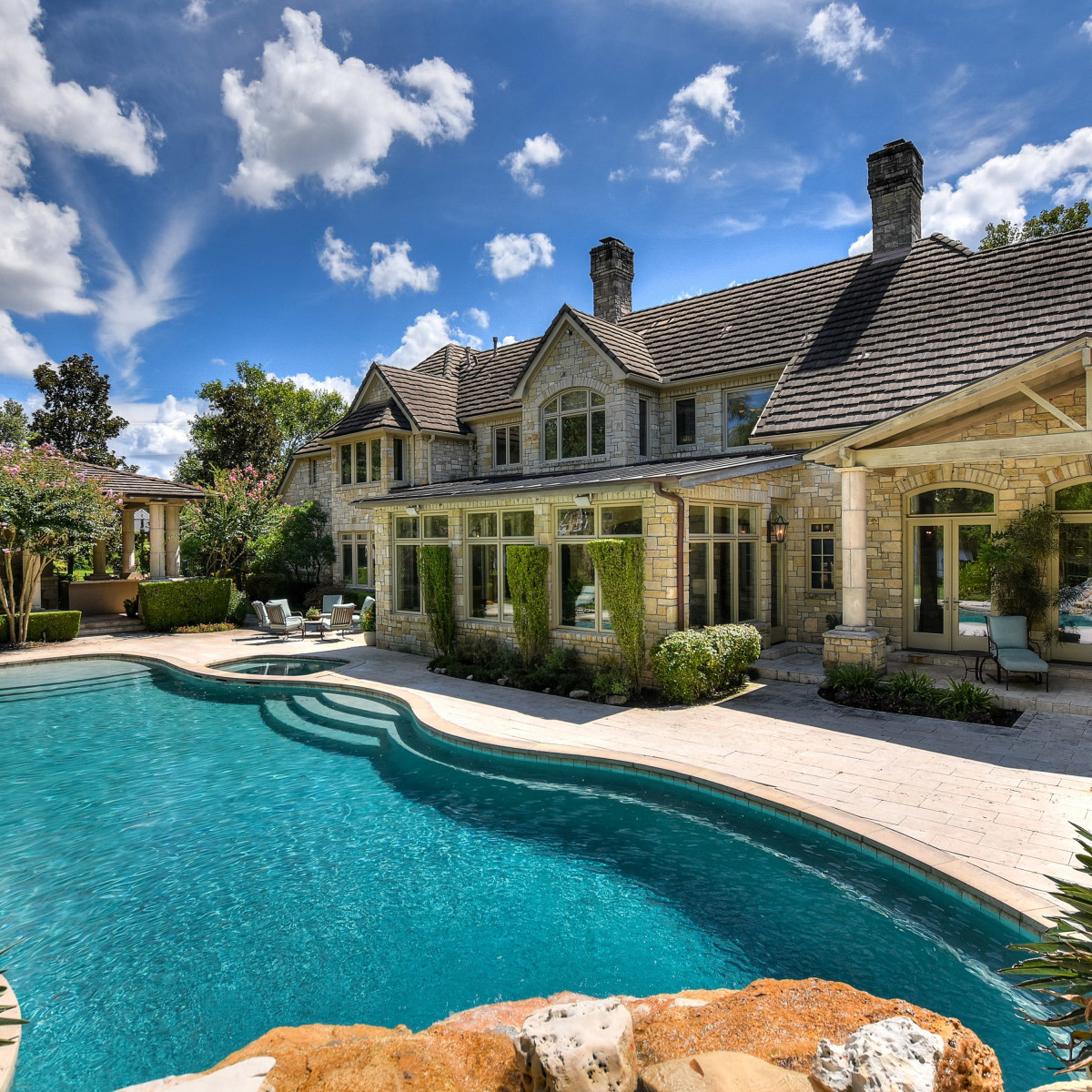 1430 Rockcliff Rd Austin house for sale pool