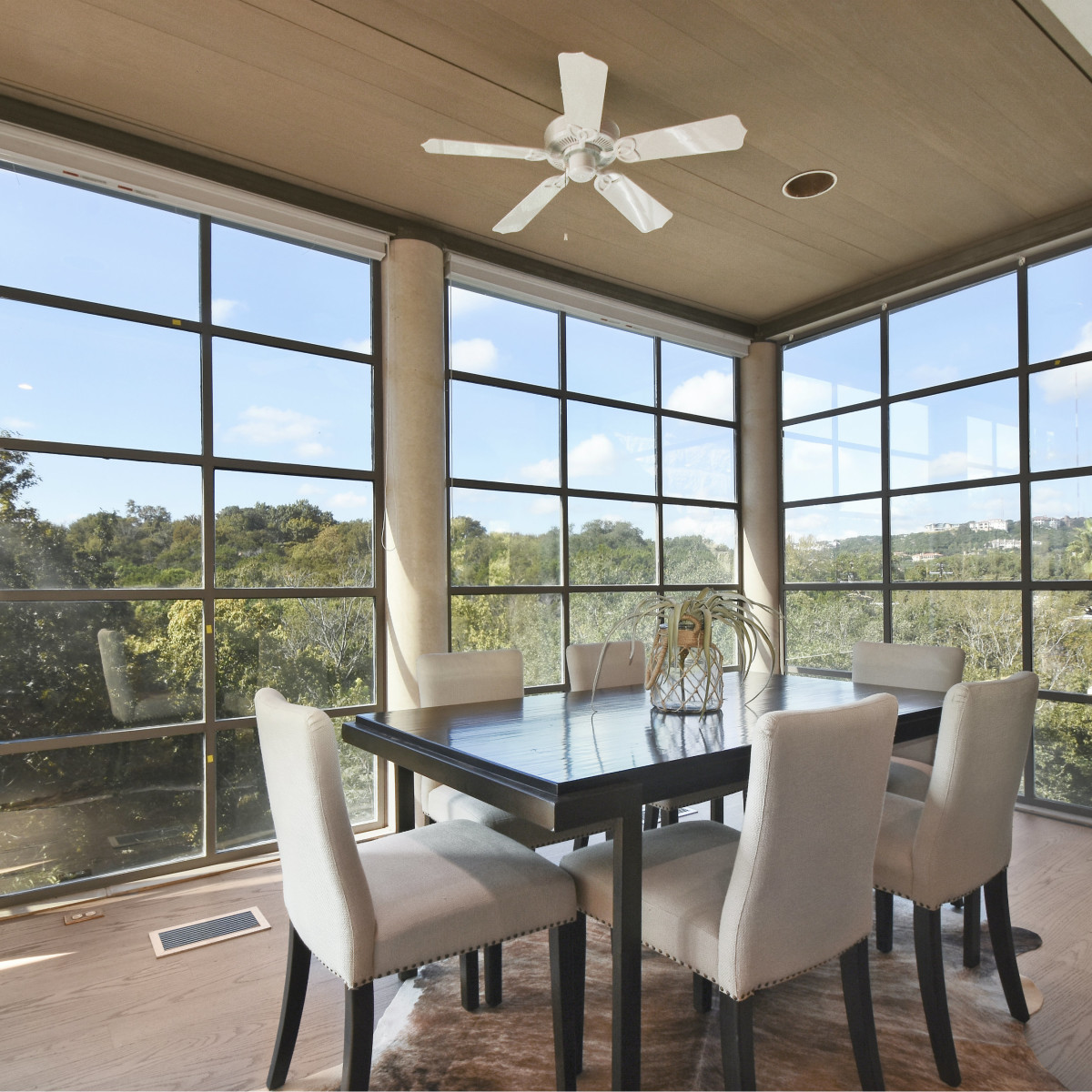 2518 El Greco Cove Austin house for sale dining room