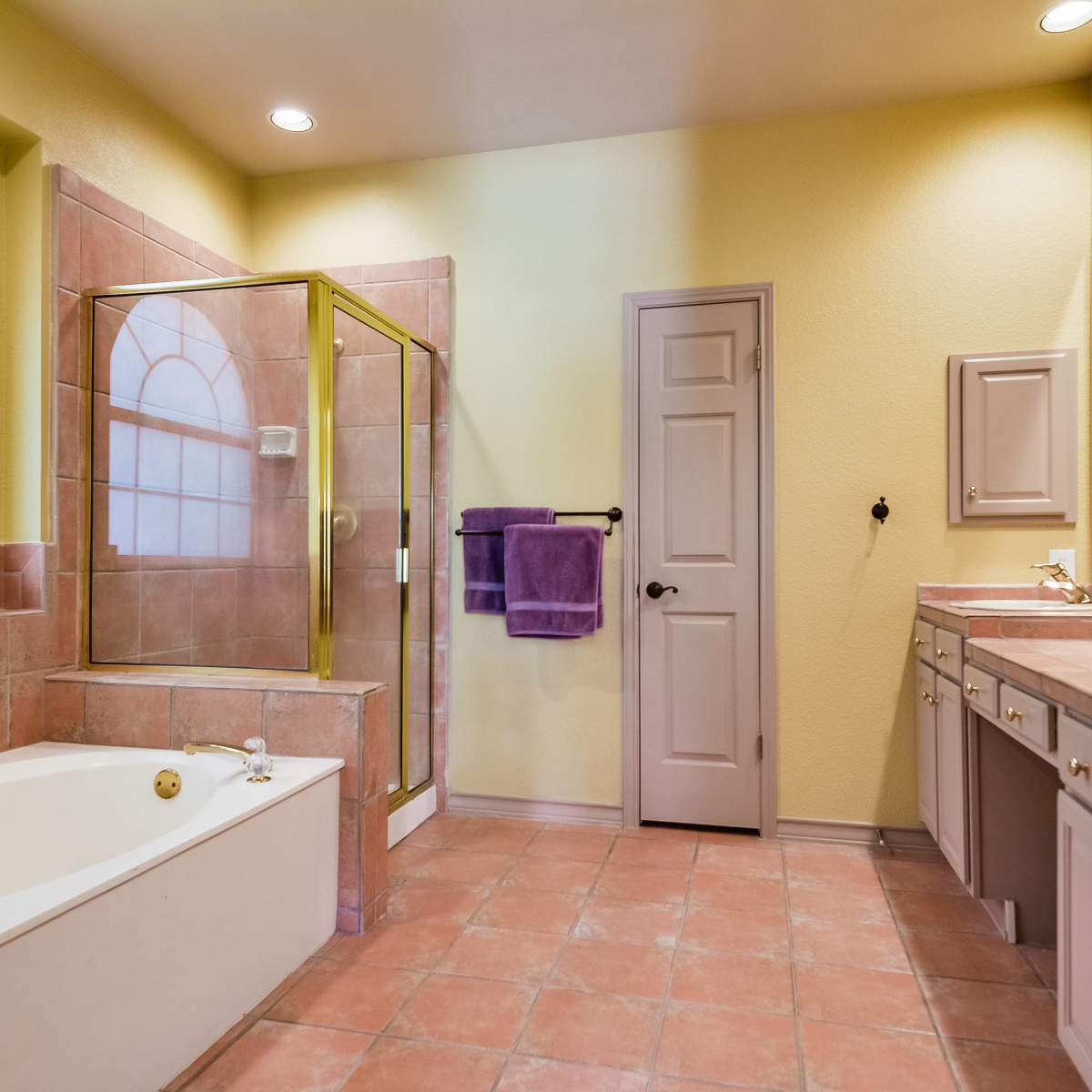 14 Greens Whisper San Antonio house for sale bathroom