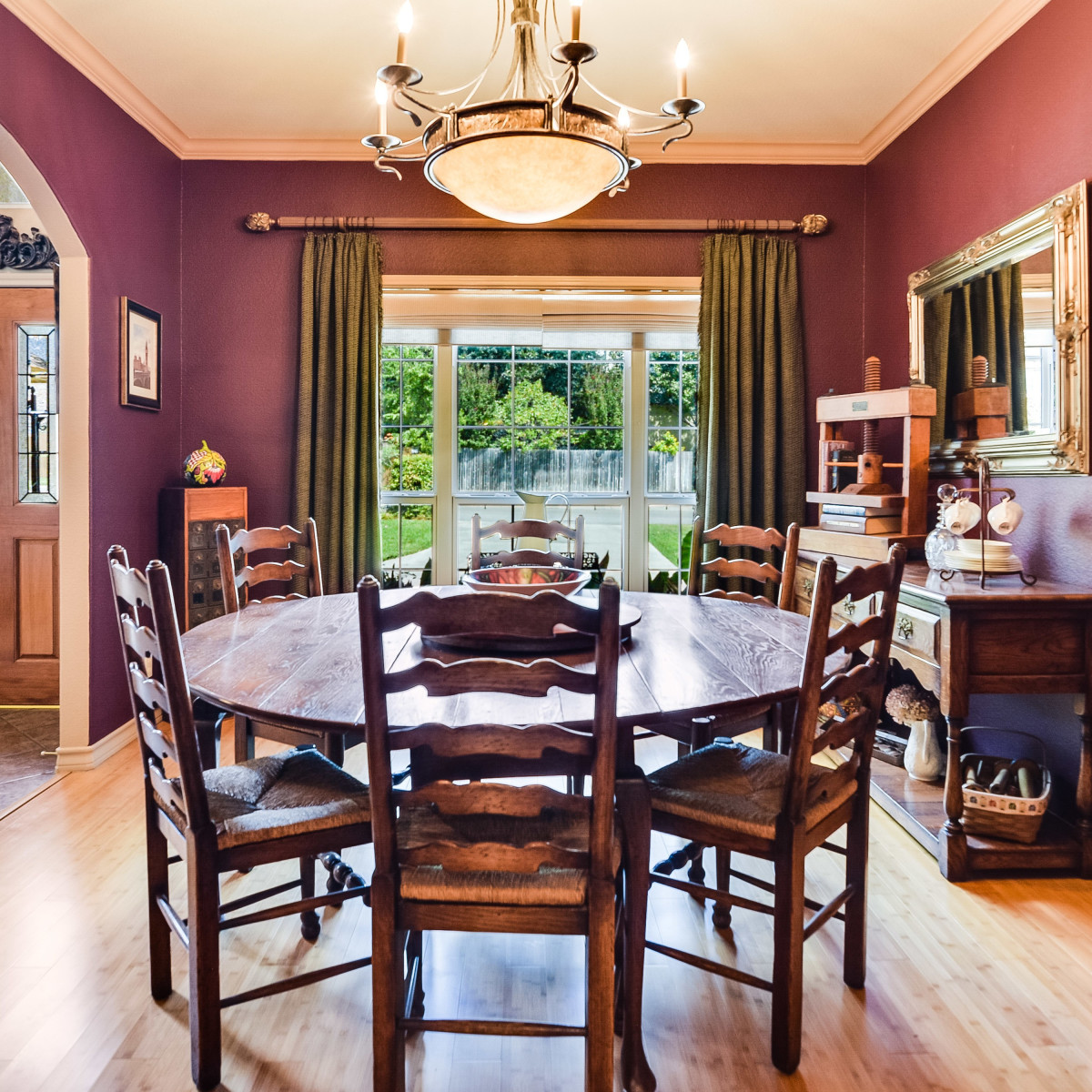 14 Greens Whisper San Antonio house for sale dining room
