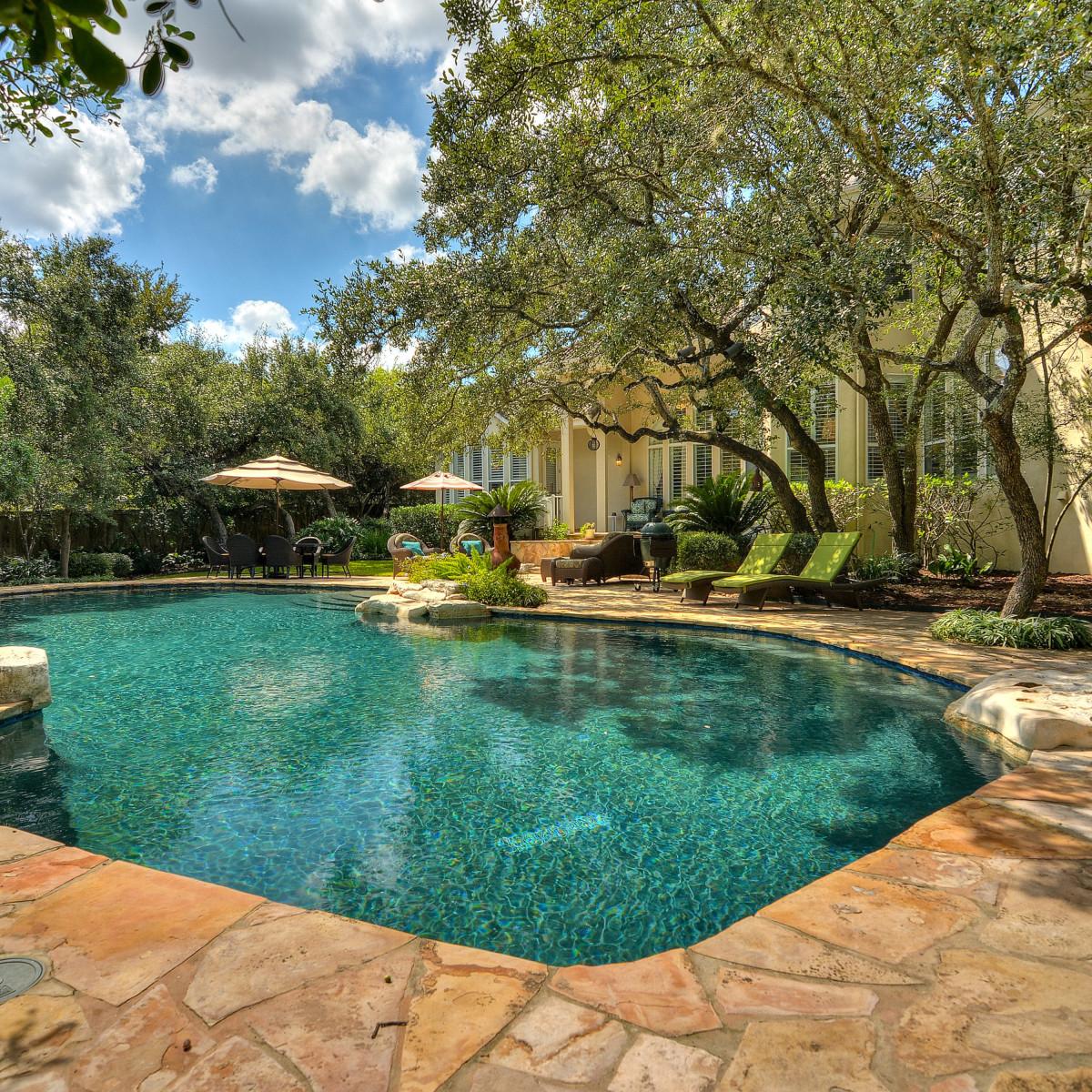 226 Post Oak Way San Antonio house for sale pool