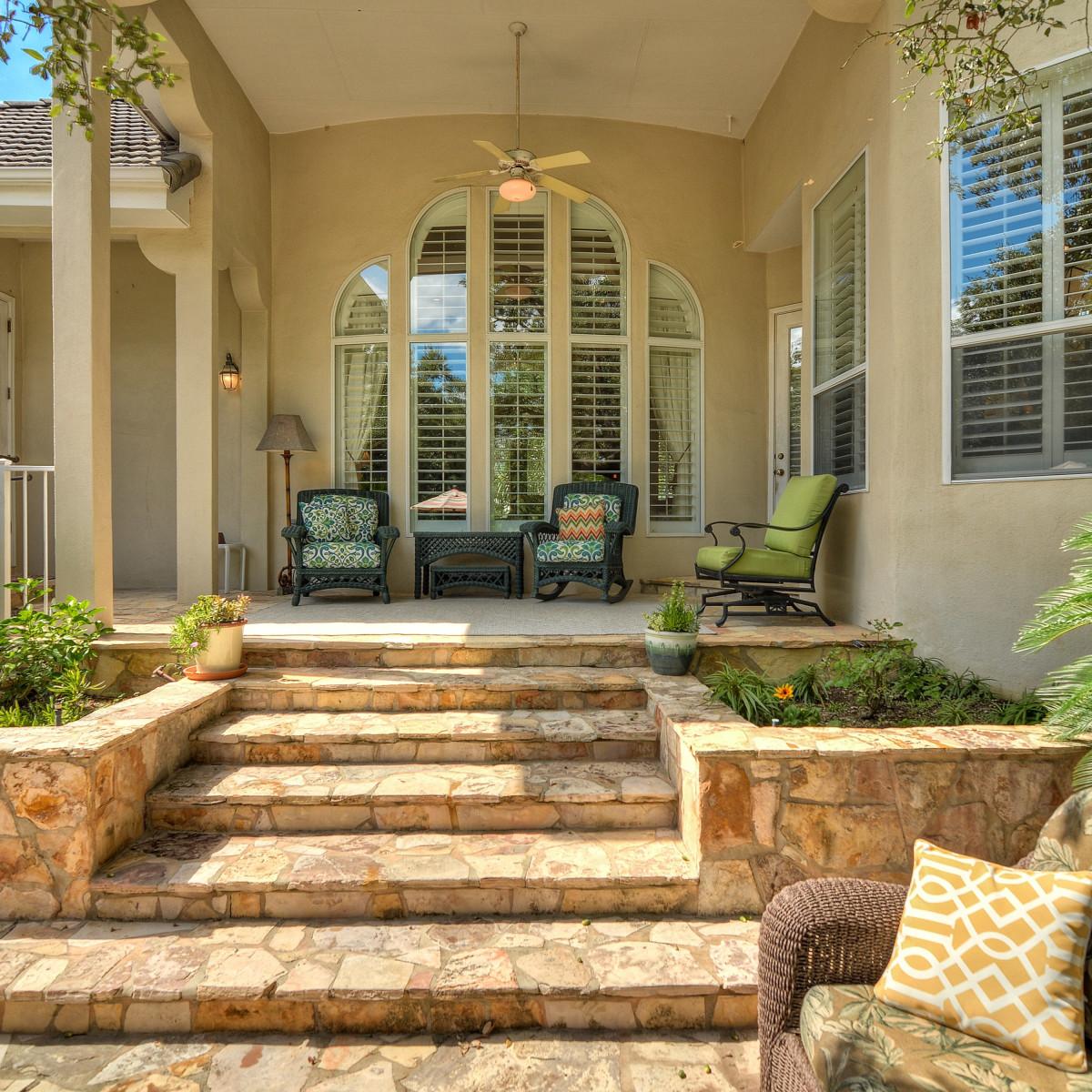 226 Post Oak Way San Antonio house for sale patio