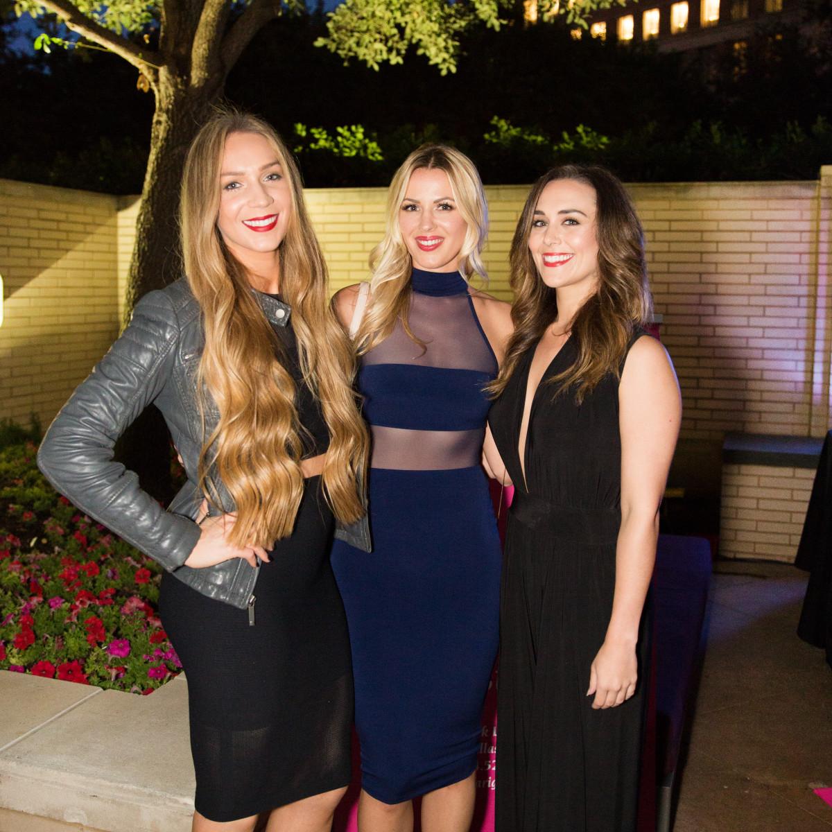 Ashley Thompson, Holland Burian, Lauren nix