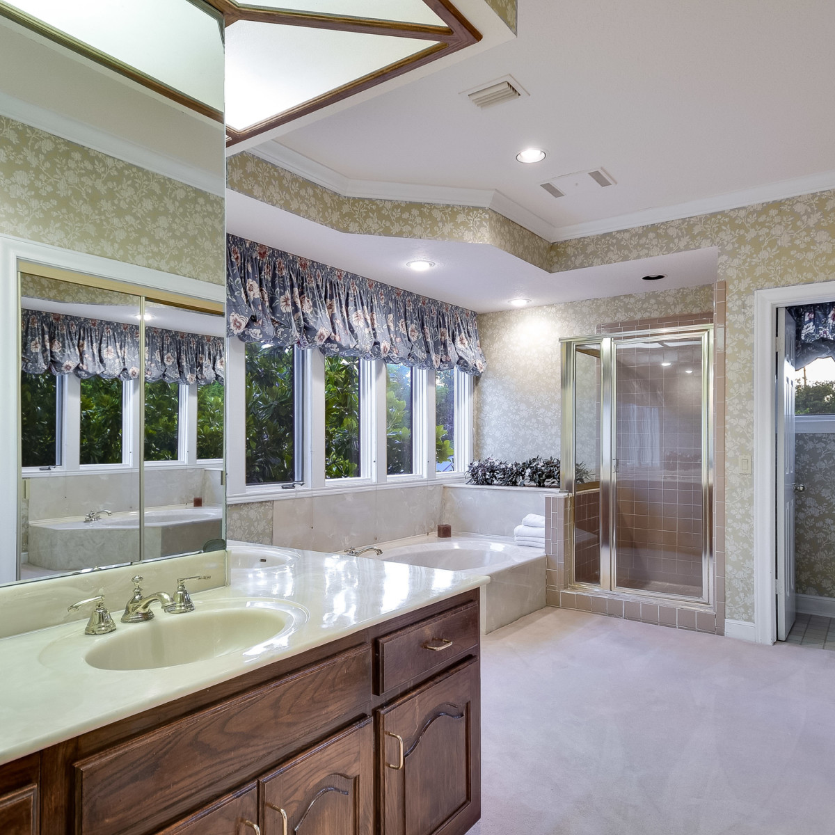 5 Muir Lane Austin house for sale bathroom