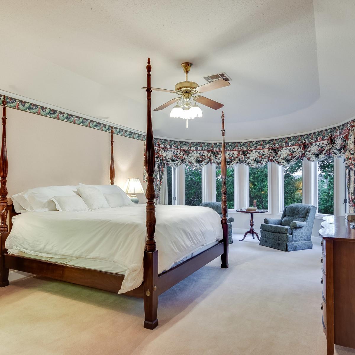5 Muir Lane Austin house for sale bedroom