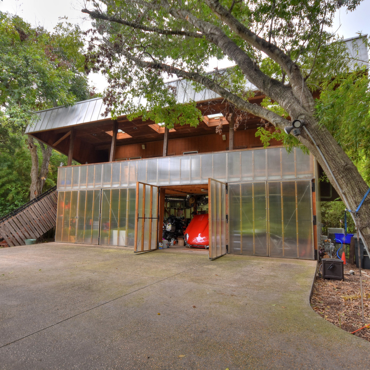 581 Coll New Braunfels house for sale garage