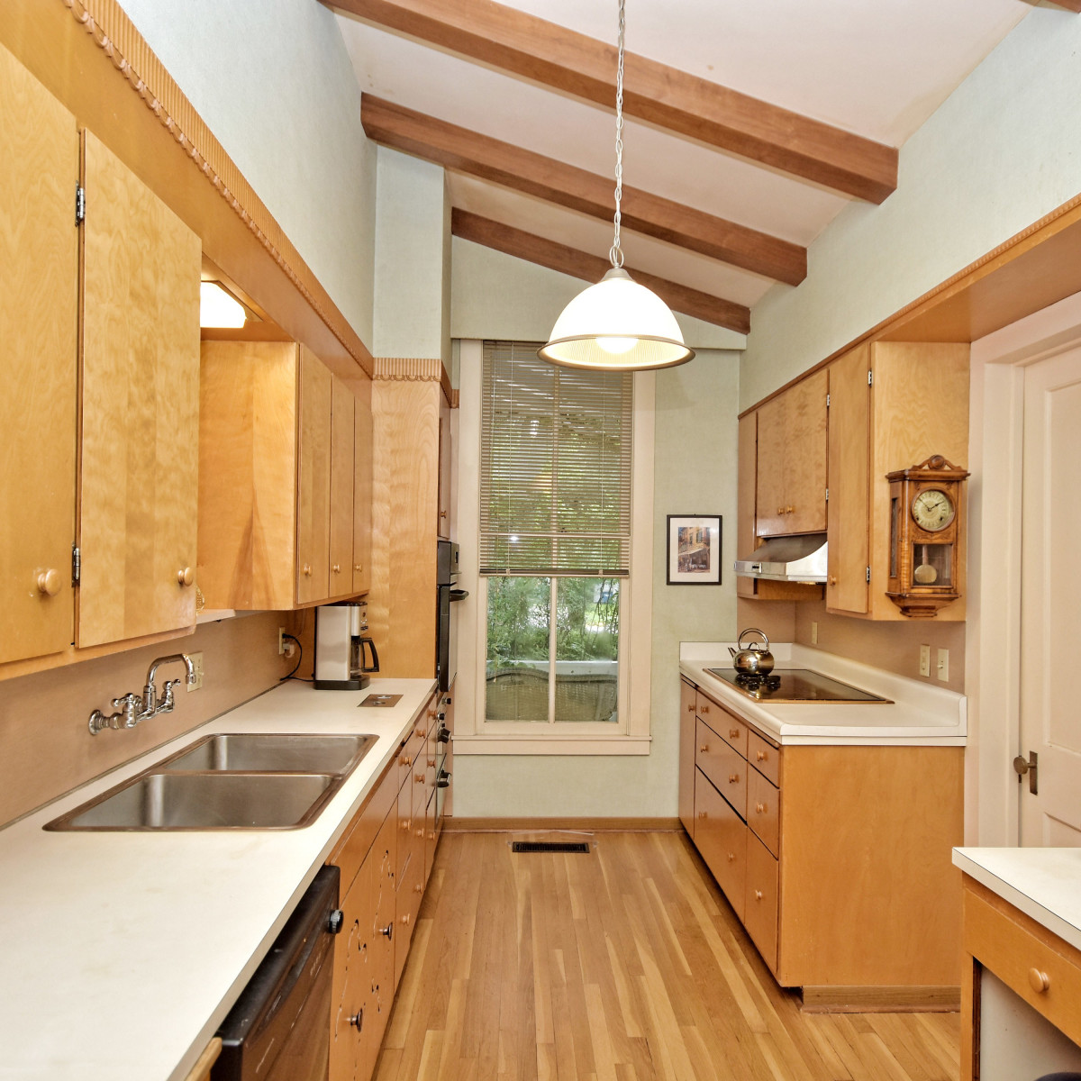 581 Coll New Braunfels house for sale kitchen