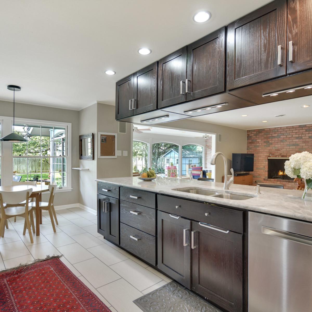 231 Hillview San Antonio house for sale kitchen