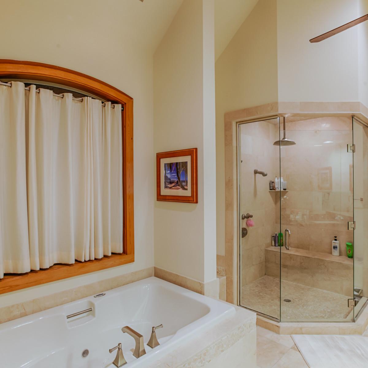 22334 Angostura San Antonio house for sale bathroom
