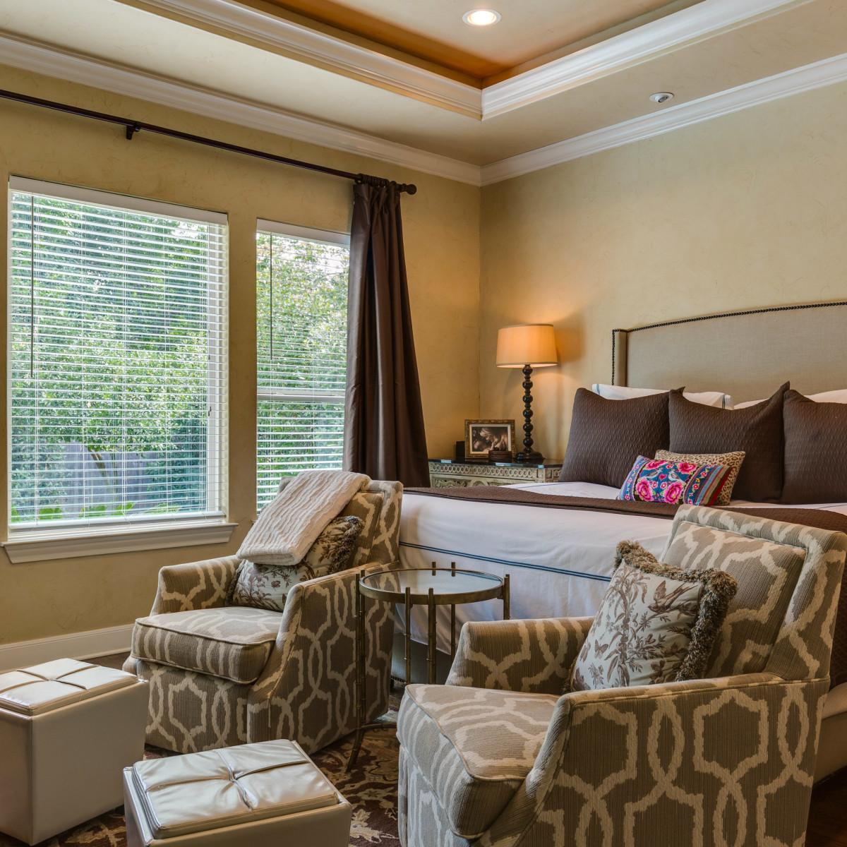 821 Canterbury Hill San Antonio house for sale bedroom