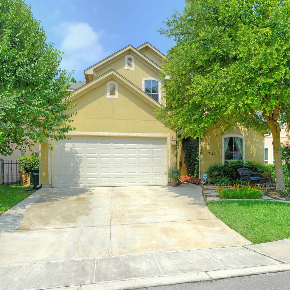 7111 Bethencourt San Antonio house for sale