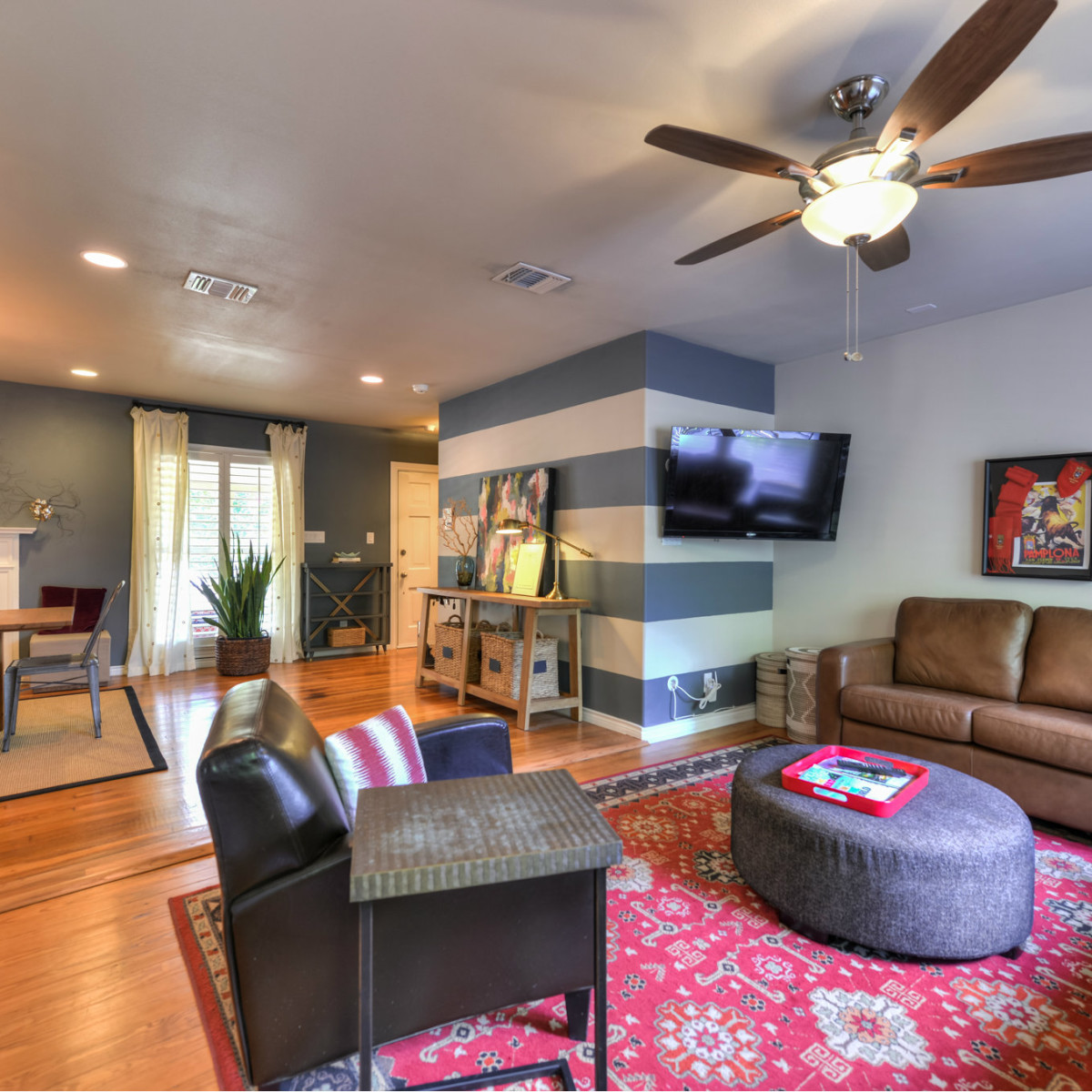 266 Claywell San Antonio house for sale living room