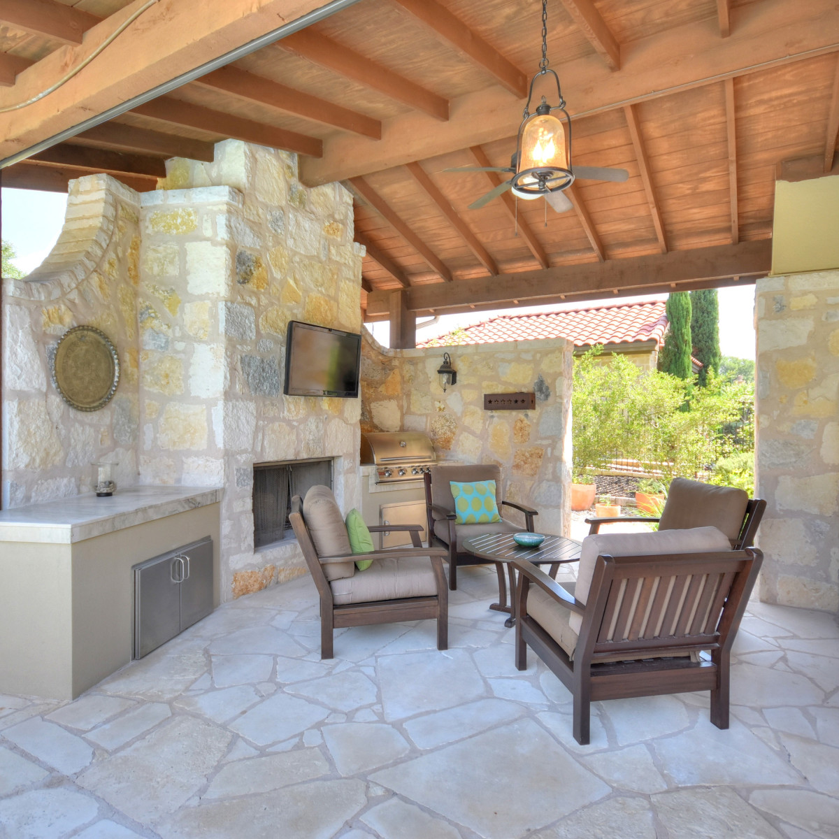7200 Turnbuoy Austin house for sale patio