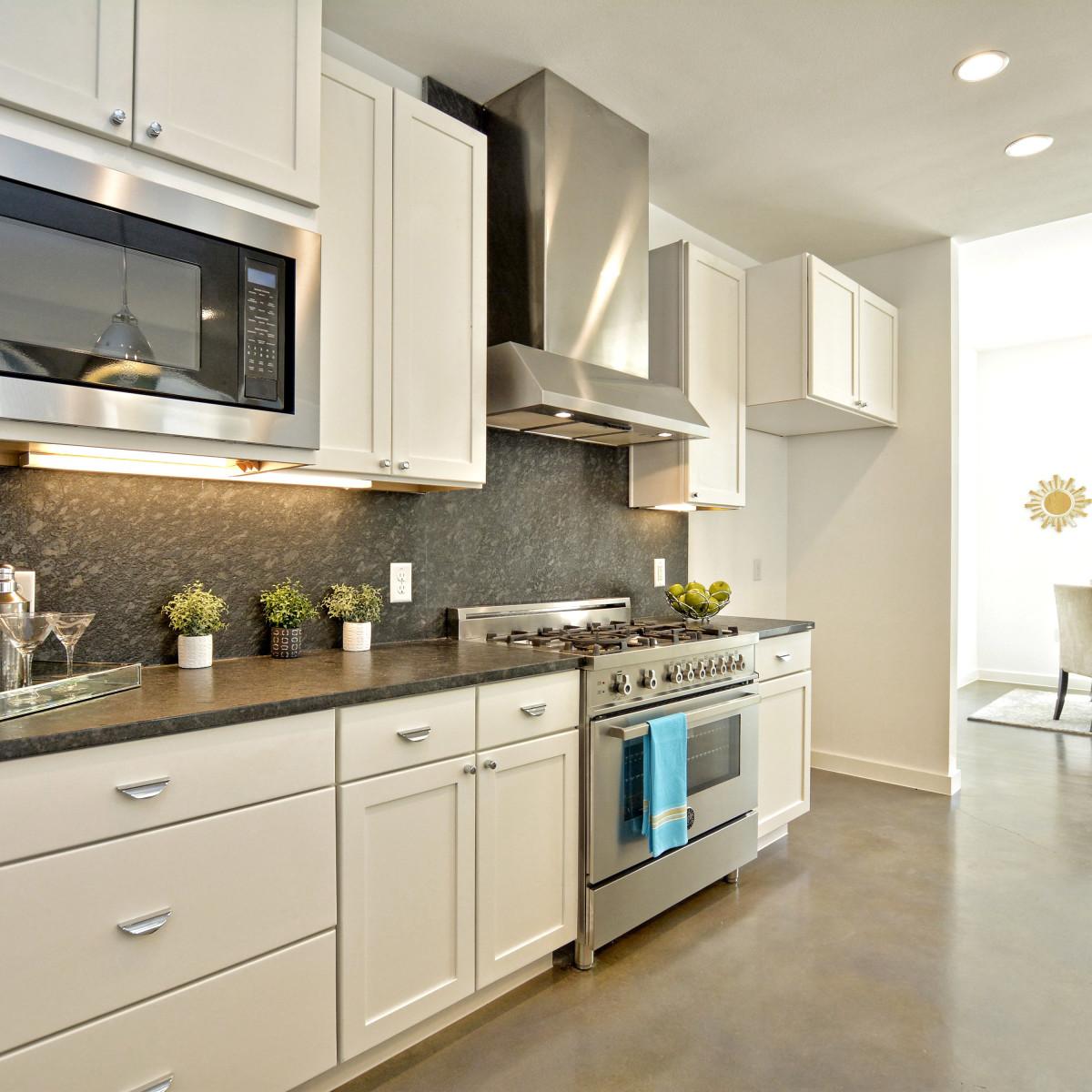 1804 Frazier Austin house for sale kitchen