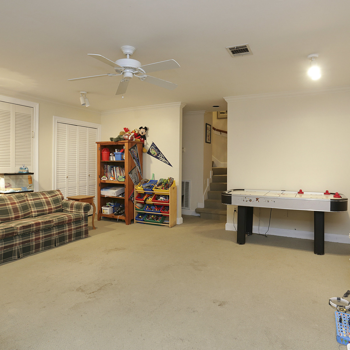 2424 Locke Lane in Houston house for sale playroom
