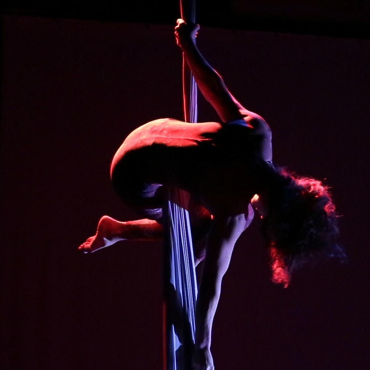 Agni Dance Company Bollywood performance