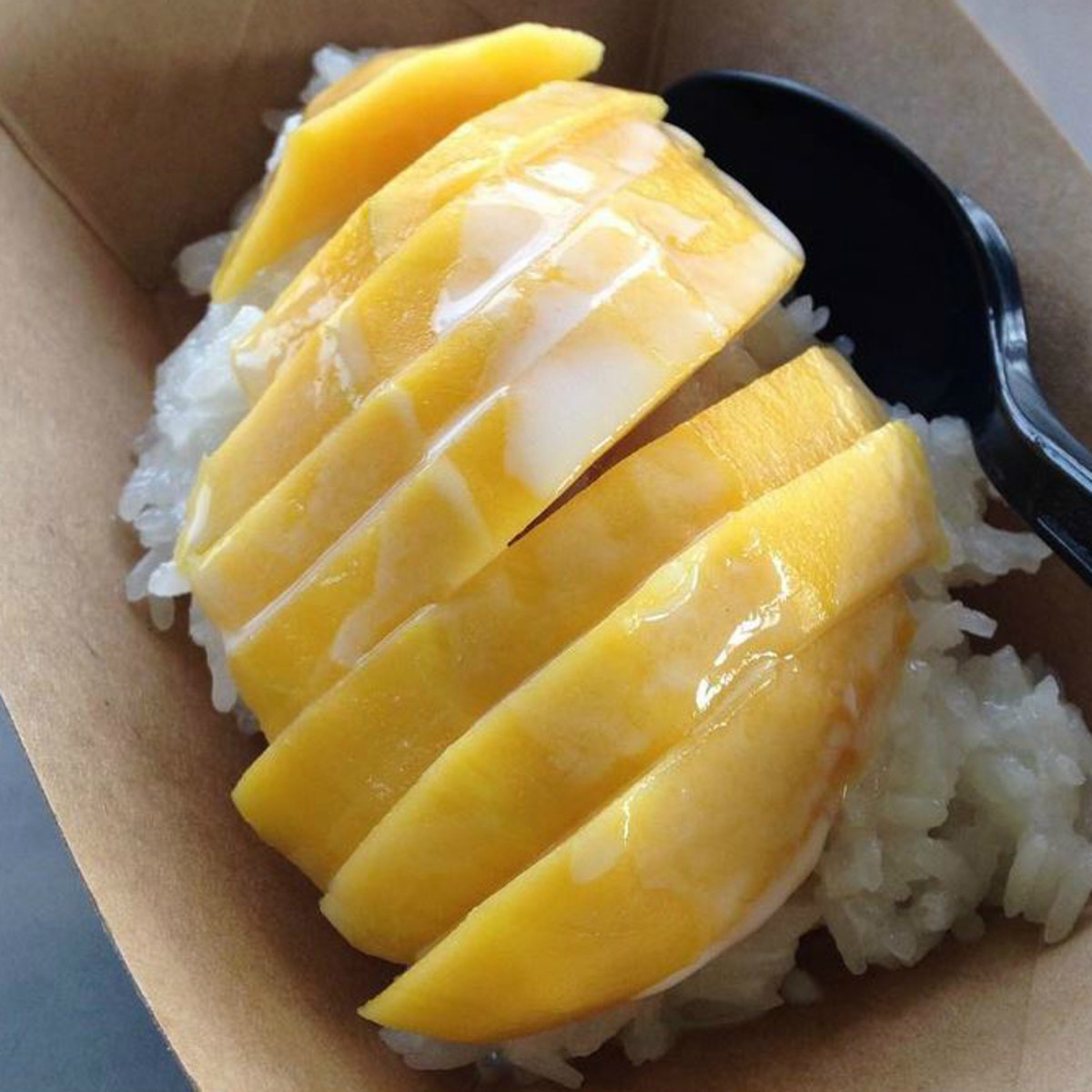 Dee Dee food truck That food Austin mango sticky rice