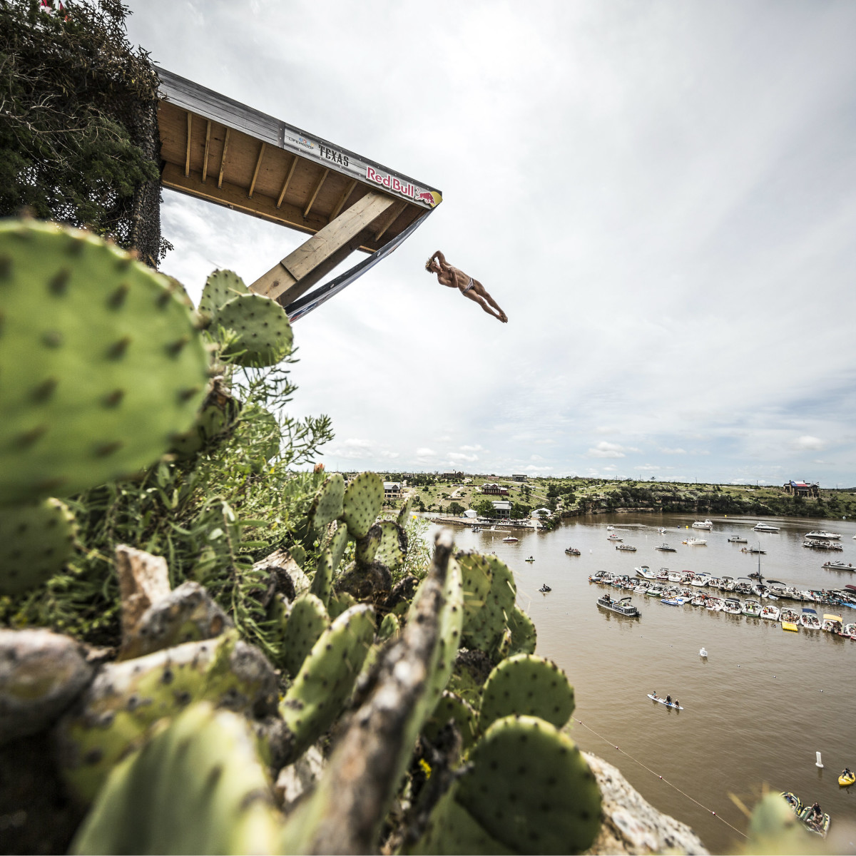 Gary Hunt Red Bull Cliff Diving