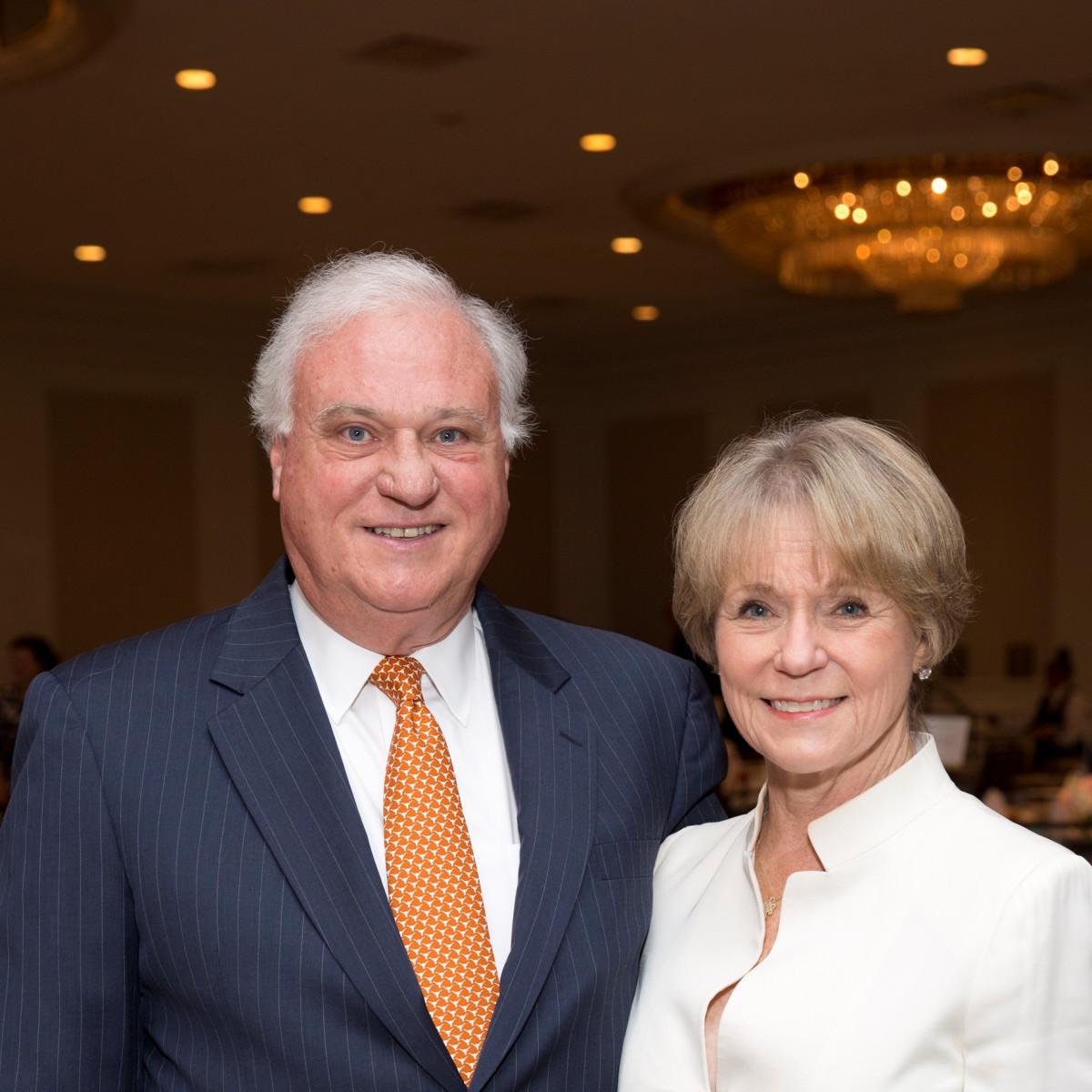 Houston, Menninger Clinic Annual Luncheon, May 2016, Robin Gibbs, Lela Gibbs