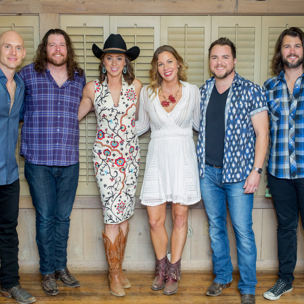Cattle Baron's Ball, 4/2016  Eli Young Band, fLauren Maloy, Allison Flykerski