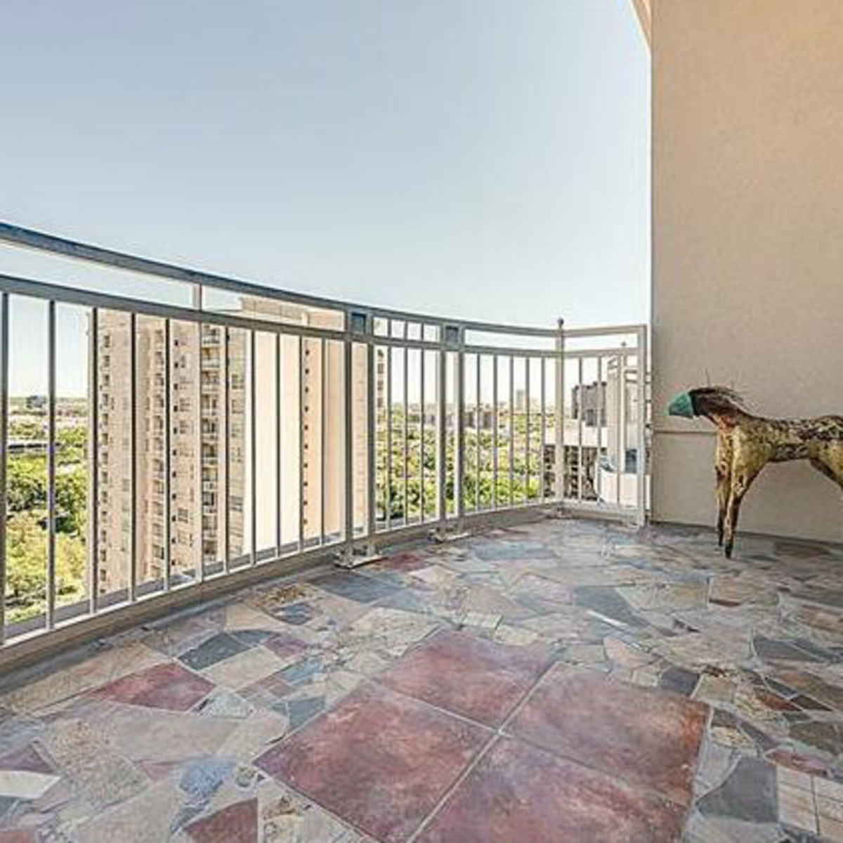 3225 Turtle Creek Blvd balcony