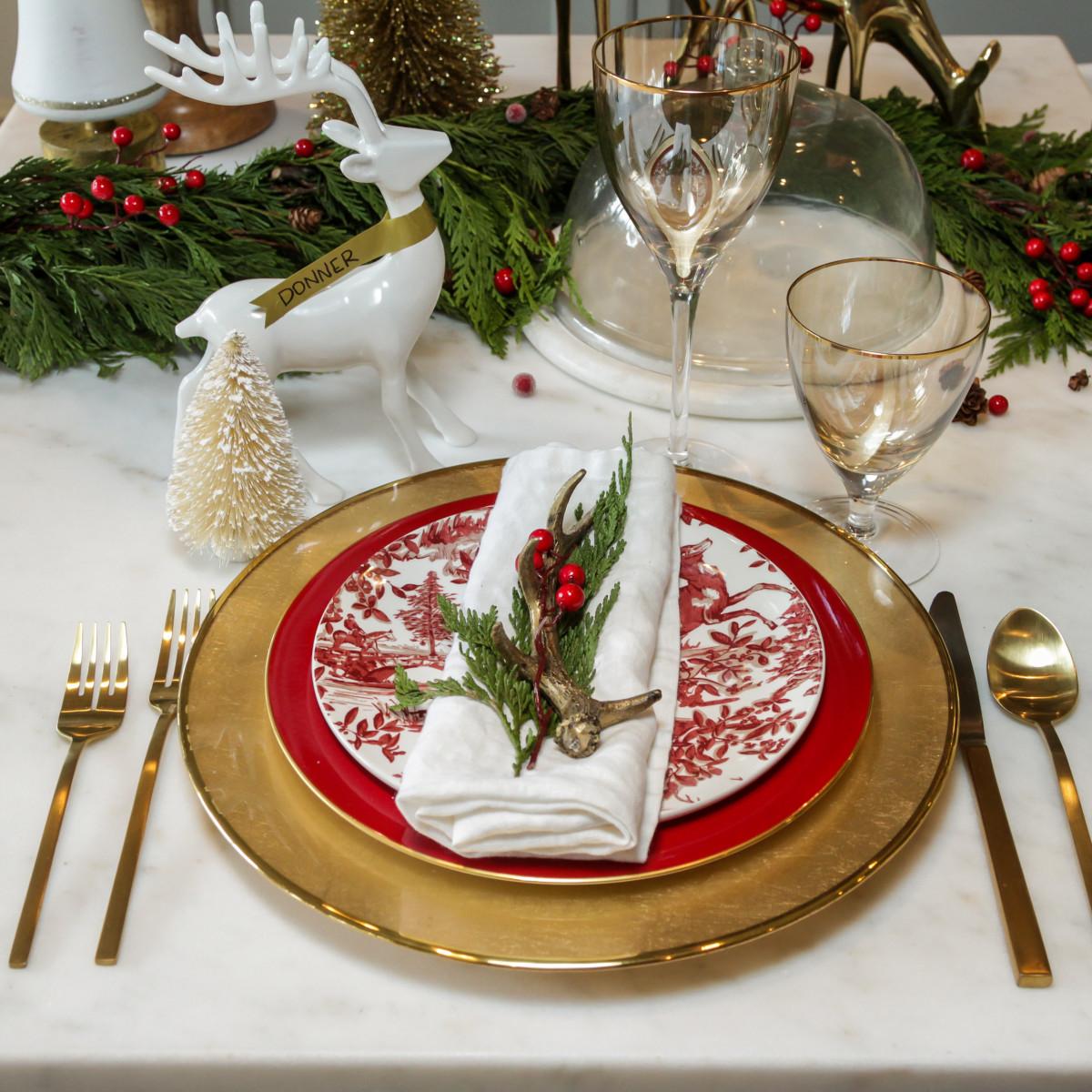 News, Houston Design Center, Deck the Tables, Dec. 2015 Osbourne Cabinets