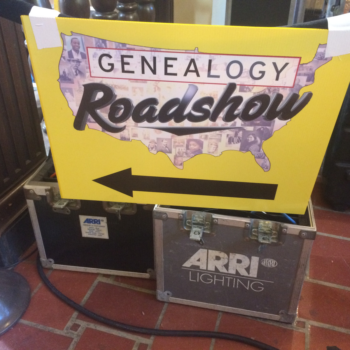 Genealogy Roadshow sign at Julia Ideson Building