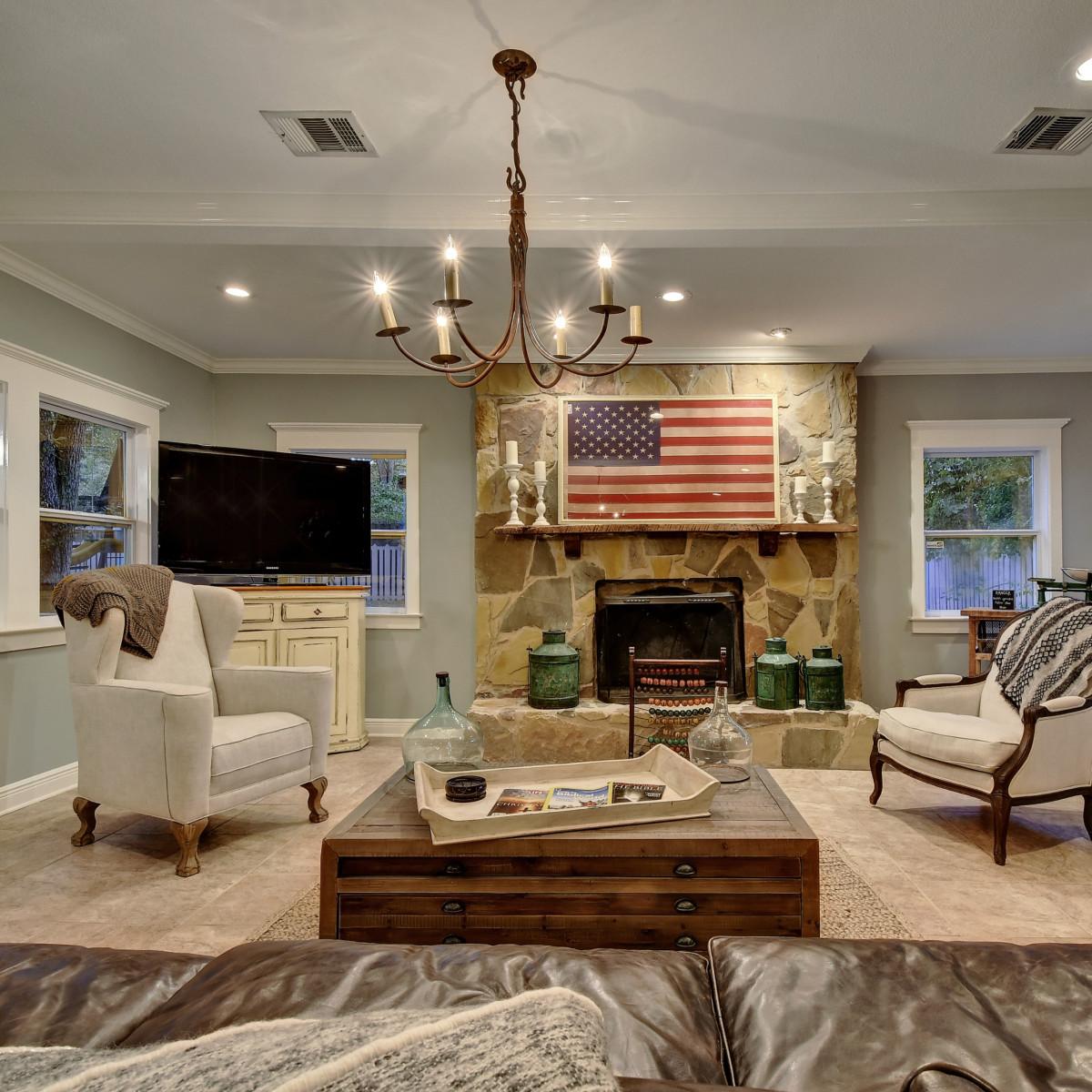 West Austin home house 2200 Sharon Lane living room